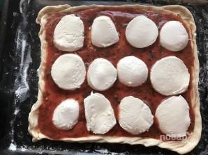 Потрясающая итальянская пицца с моцареллой - фото шаг 11