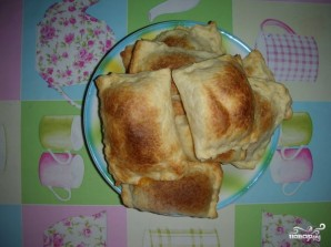 Слоеные пирожки с сыром - фото шаг 5