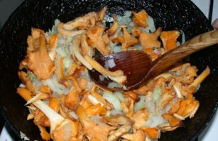 Суп-пюре из лисичек - фото шаг 2
