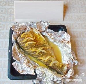 Запеченный толстолоб с лимоном и зеленью - фото шаг 5