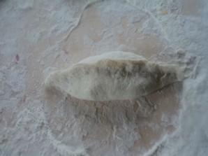 Пирожки с квашеной капустой жареные - фото шаг 4