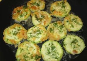 Кабачки на сковороде - фото шаг 4