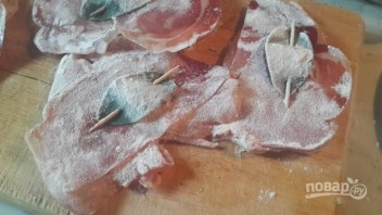 Сальтимбокка из куриного филе - фото шаг 3