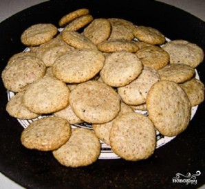 Ореховое печенье с шоколадом - фото шаг 3