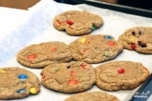 Печенье с конфетами MM's - фото шаг 8