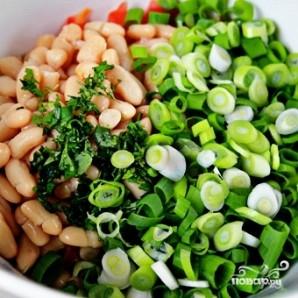Салат из помидоров и фасоли - фото шаг 4