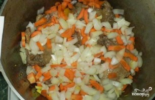 Утка, тушенная с овощами - фото шаг 3