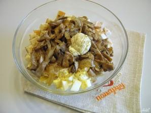 Салат с шампиньонами и куриной грудкой - фото шаг 5