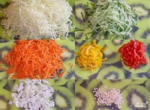 Салат из капусты и сладкого перца - фото шаг 1