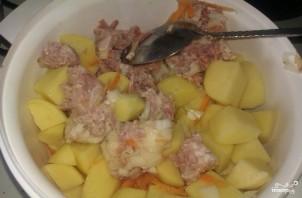 Картофель с тушенкой - фото шаг 3