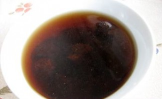Пюре из чернослива для грудничка - фото шаг 1