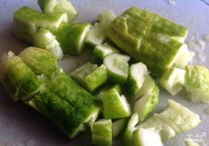 Салат из битых огурцов - фото шаг 1