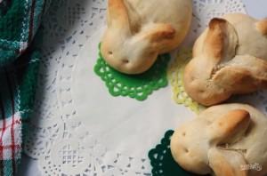 """Пасхальные булочки """"Кролики"""" - фото шаг 5"""