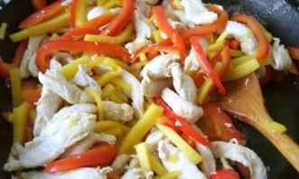 Курица по-тайски с овощами - фото шаг 2