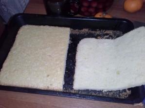 Бисквитный вишневый торт с творожным кремом - фото шаг 1