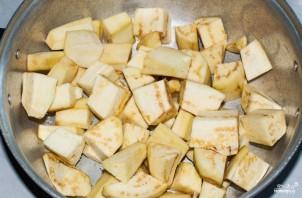 Картошка, тушенная с баклажанами - фото шаг 1
