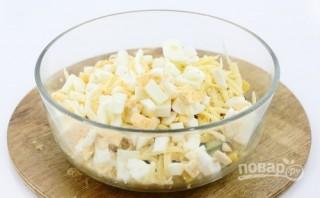 Салат с кальмаром и сыром - фото шаг 5