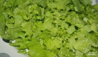 Салат из лосося горячего копчения - фото шаг 1