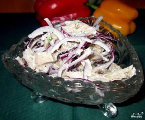 Салат из маринованных кальмаров - фото шаг 5