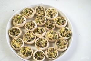 Фаршированные шампиньоны с сыром и зеленью - фото шаг 6