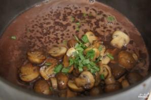 Стейк из говядины с грибным соусом - фото шаг 5