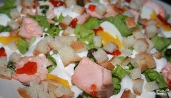 Салат из лосося горячего копчения - фото шаг 7
