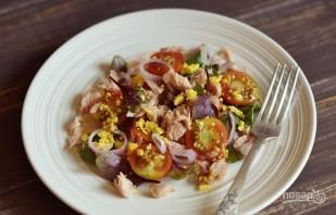 Вкусный салат с тунцом - фото шаг 5