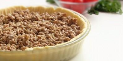 Открытый мясной пирог на картофельном тесте - фото шаг 3