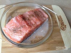 Биточки из картофеля, лосося и зеленого горошка - фото шаг 1