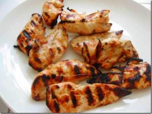 Курица с рисовой лапшой и овощами - фото шаг 1