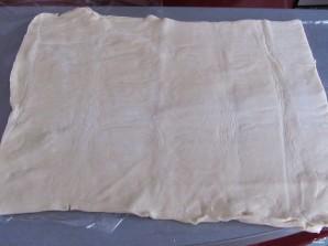 Завитушки из слоеного теста - фото шаг 1
