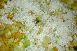 Рагу из кабачков с рисом - фото шаг 4