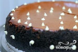 Шоколадный чизкейк с карамелью - фото шаг 3