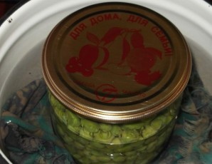 Закатка зеленого горошка - фото шаг 3