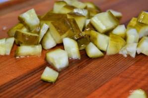 Салат с соленьями - фото шаг 2