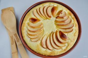 Воздушный творожный пирог с яблоками - фото шаг 11