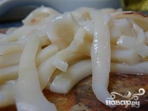 Салат из кальмаров, яиц и огурца - фото шаг 4