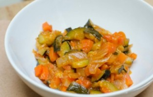 Салат из кабачков и сладкого перца - фото шаг 5