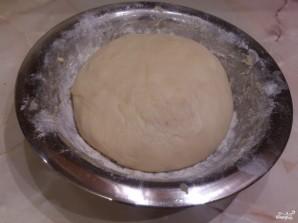 Дрожжевое тесто на кефире для булочек - фото шаг 6