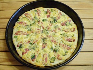 Пицца с солеными огурцами - фото шаг 13