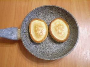 Оладьи на кефире с яйцами - фото шаг 8