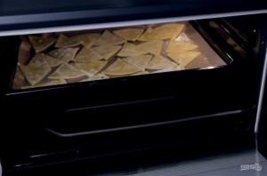 Начос с сырным соусом - фото шаг 5