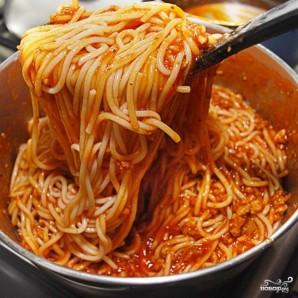 Подливка к спагетти с фаршем - фото шаг 7