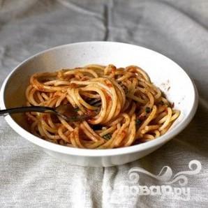 Спагетти с томатным соусом - фото шаг 4