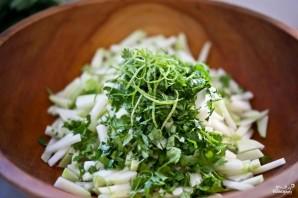 Салат с кольраби и зеленью - фото шаг 5