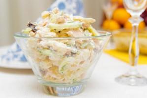 Салат из чернослива с курицей - фото шаг 7