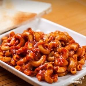 Макароны с томатным соусом - фото шаг 5