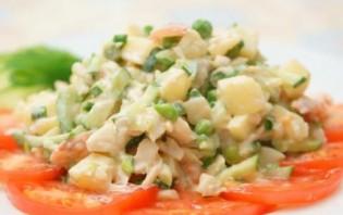 Салат с отварной треской - фото шаг 7