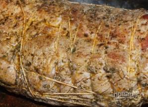 Свиная шея, запеченная в духовке - фото шаг 7