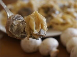 Паста с белыми грибами в сливочном соусе - фото шаг 3